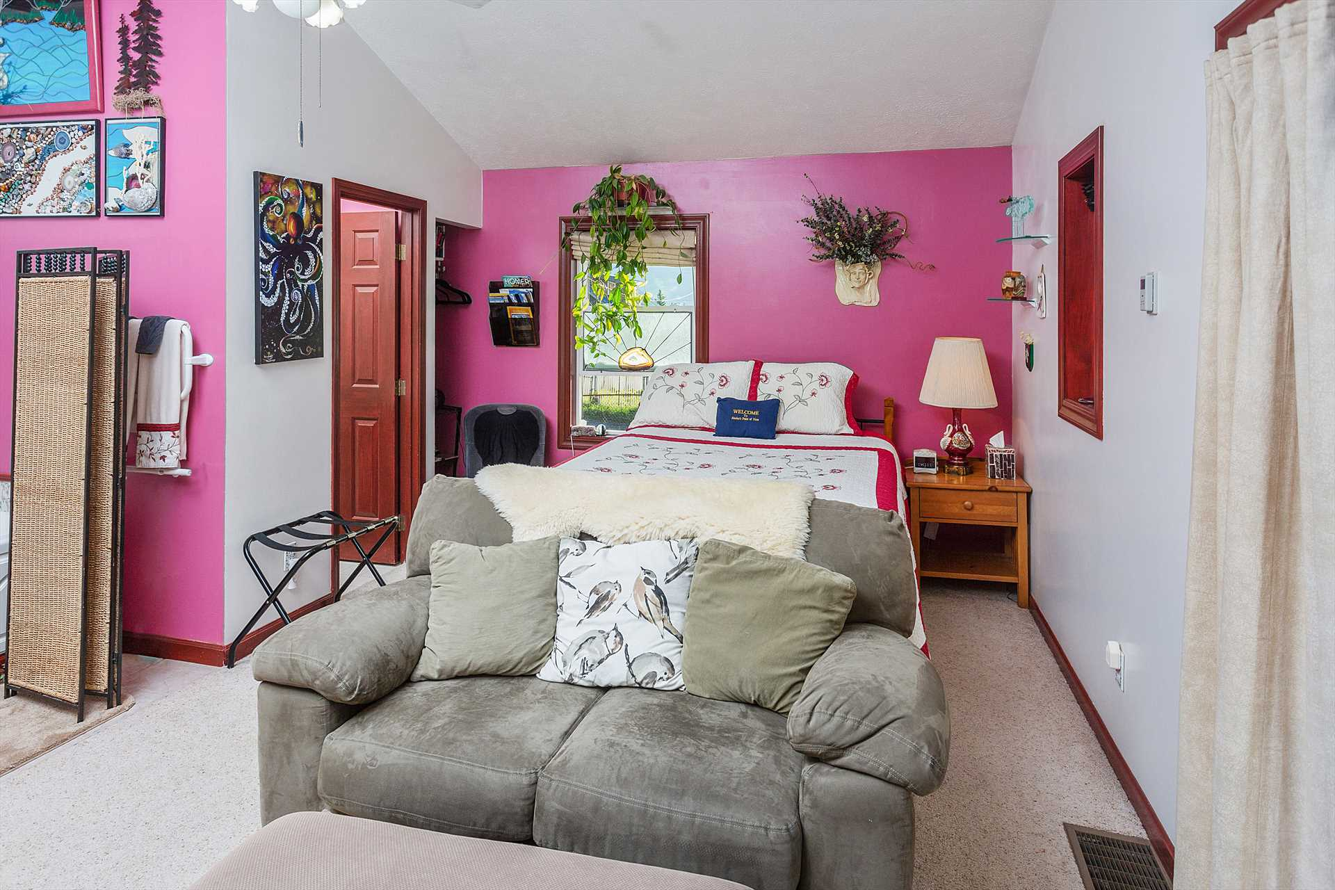 Bedroom W/Love Seat
